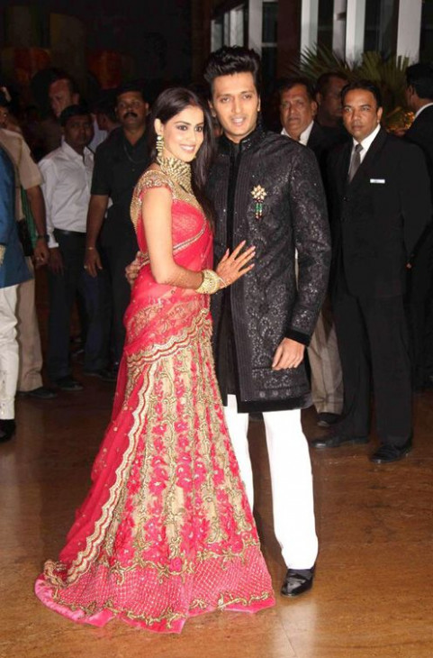 105 best images about Indian Wedding Dresses on Pinterest ...