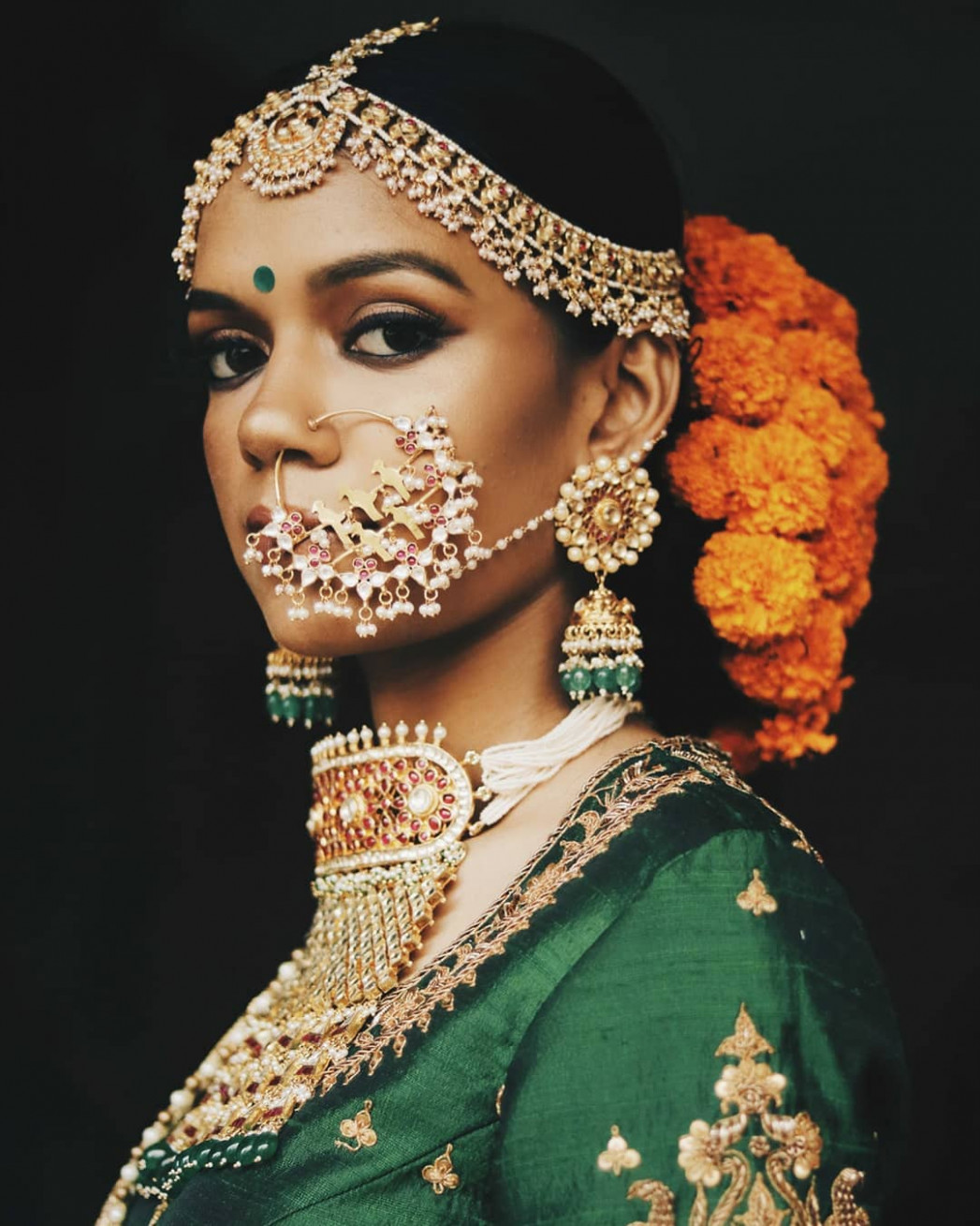 11 Hottest Indian Bridal Hairstyles To Make You Look Like ...