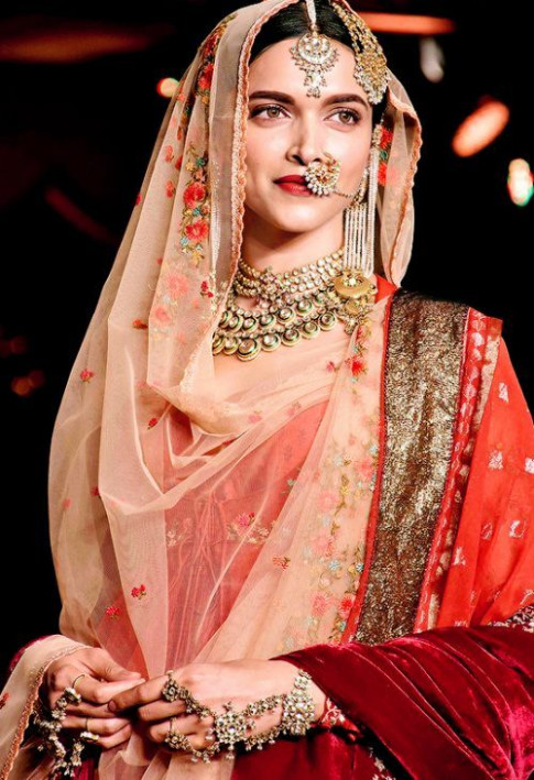 12 best Bollywood Brides images on Pinterest | Indian ..
