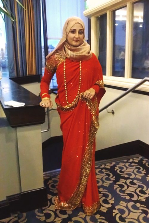 12 Modest Saree Style Designs for Muslim Women for Chic Look - makeup bollywood muslimah