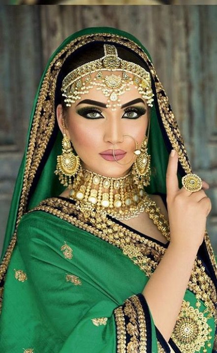 17 Best ideas about Bollywood Jewelry on Pinterest ...