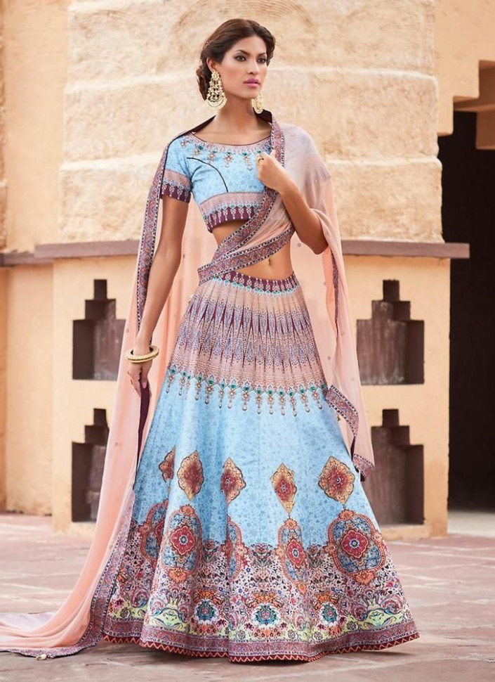 17 Best ideas about Pakistani Lehenga on Pinterest ..