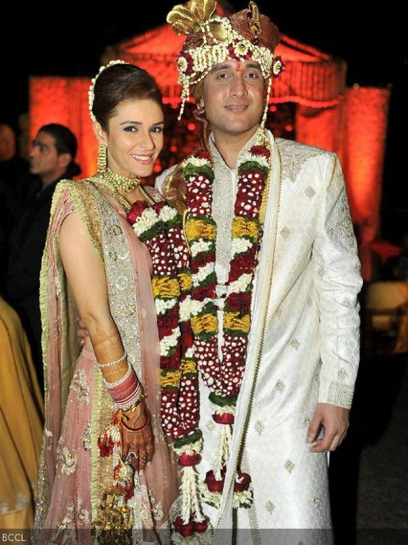 17 Best images about Indian celebrity couples celebrity ...