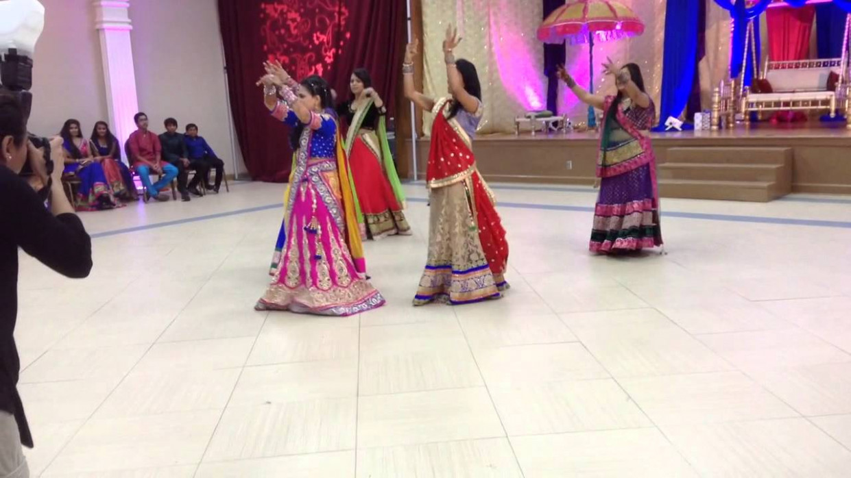 2016 Best Bollywood Indian Wedding Dance Performance - YouTube