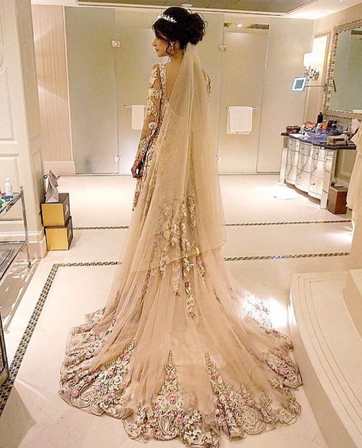 25+ best ideas about Pakistani bridal dresses on Pinterest ...