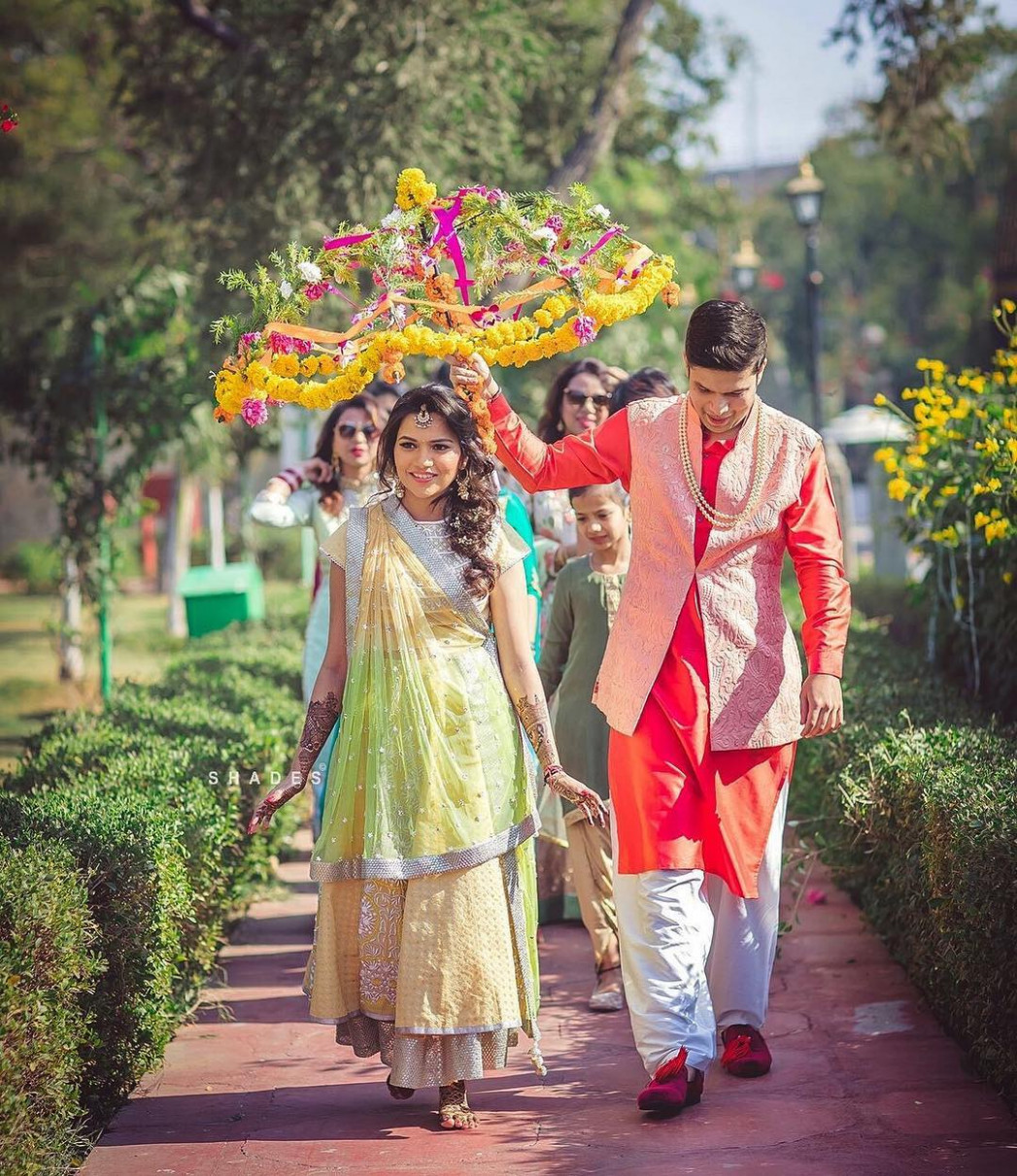 4 Creative Bridal Entry Ideas for your Mehendi Function ...
