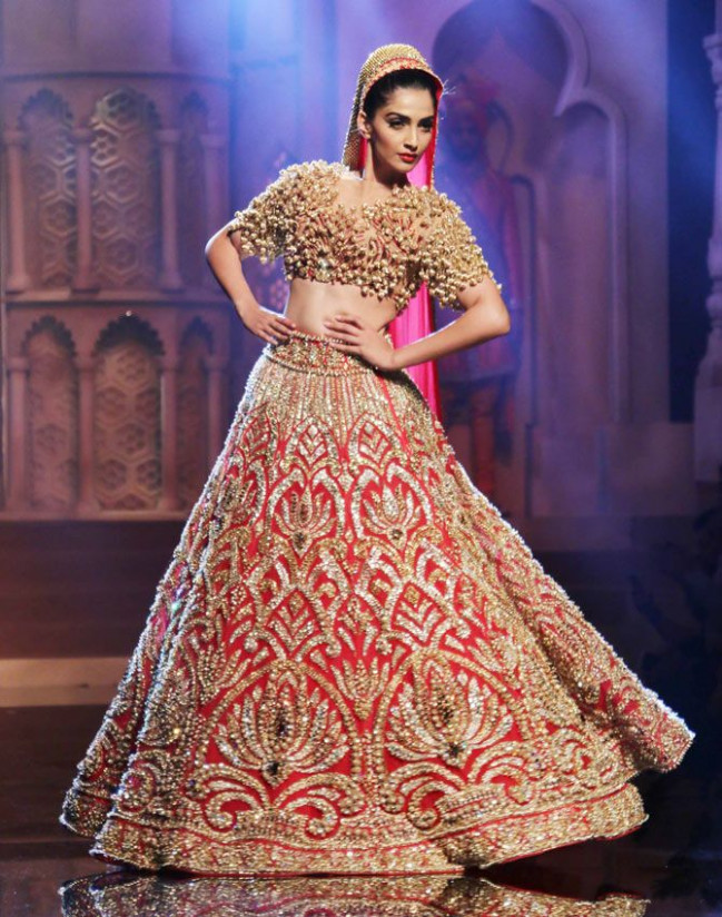 4 Ways to Budget for Indian Weddings | Indian Fashion Mantra