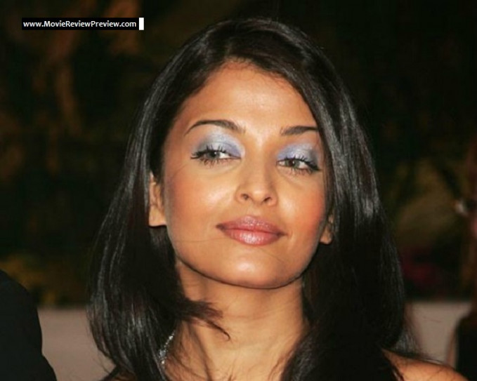 8 Bollywood Actresses Whose Makeup Were Scary As Nightmares