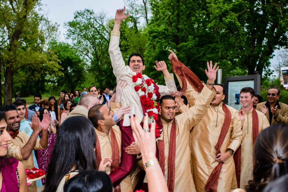8 Bollywood Songs To Set The Groom's Entry To The Wedding ...