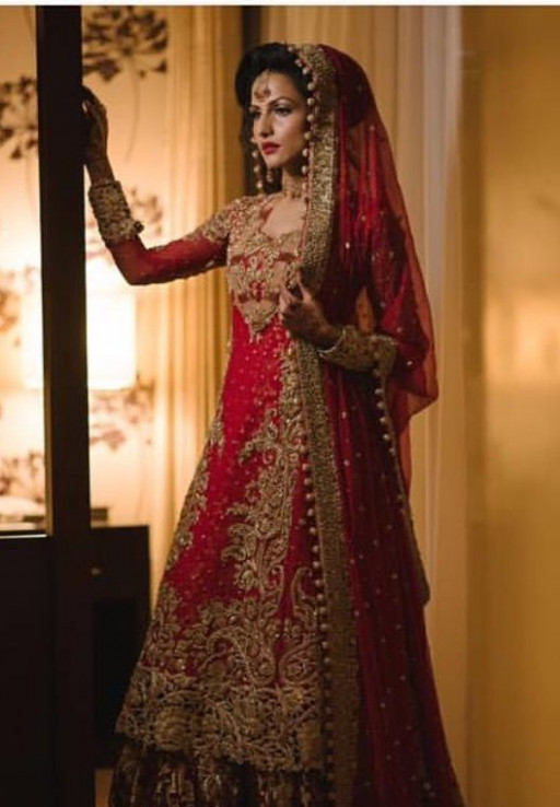83 best images about Red bridal outfits on Pinterest ...