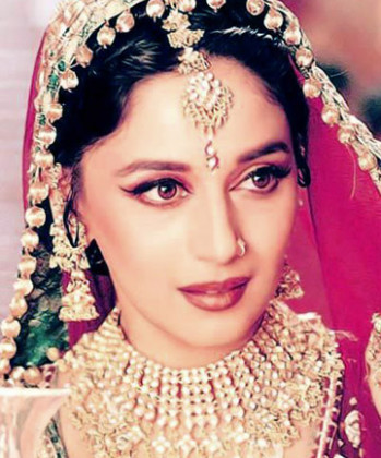 A Subtle Approach, 10 Stunning Bollywood-Inspired Eye ...
