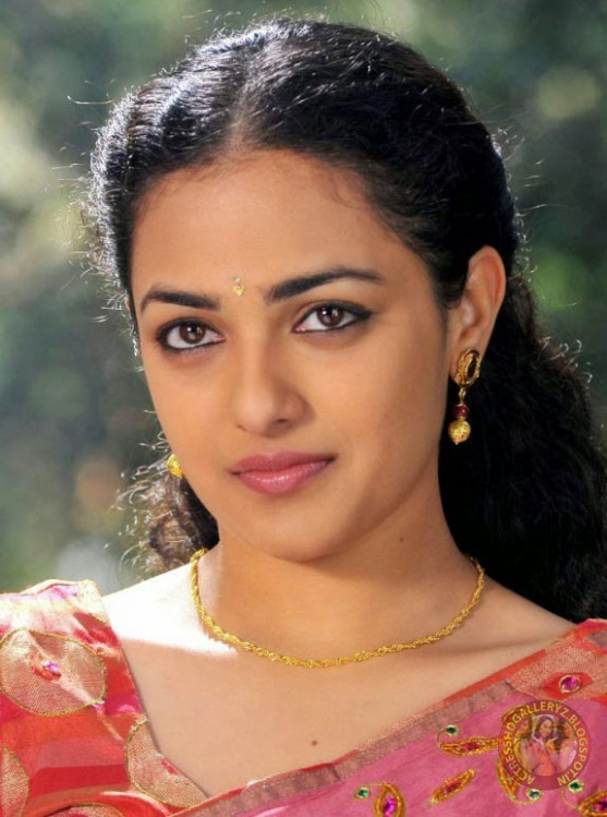 Actress HD Gallery: Telugu actress Nitya menon cute saree ...