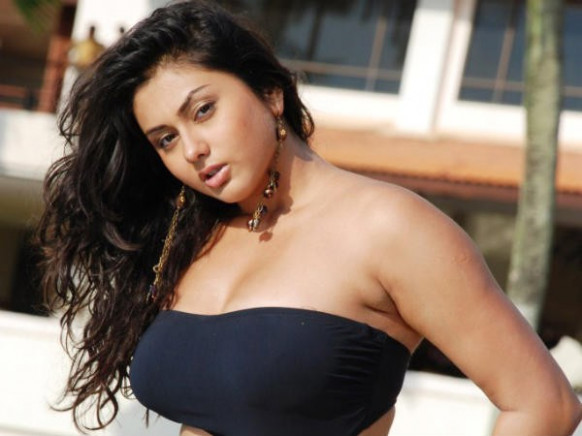 Actress Namitha Contact Detail, Phone, Whatsapp, House ...