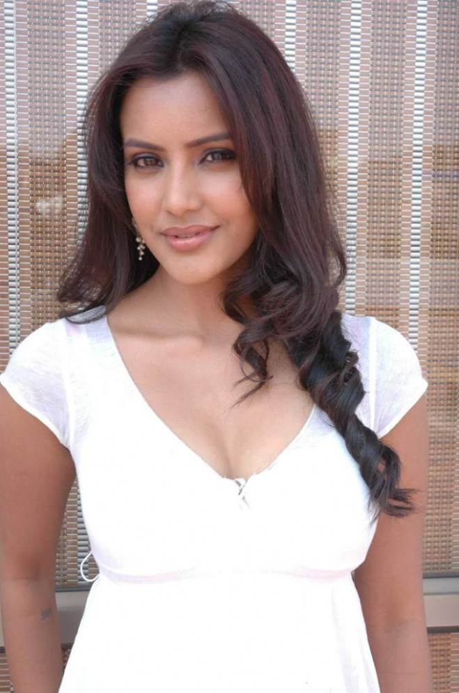 Actress Photo Biography: Hot Actress Photos Tollywood - tollywood actress biography