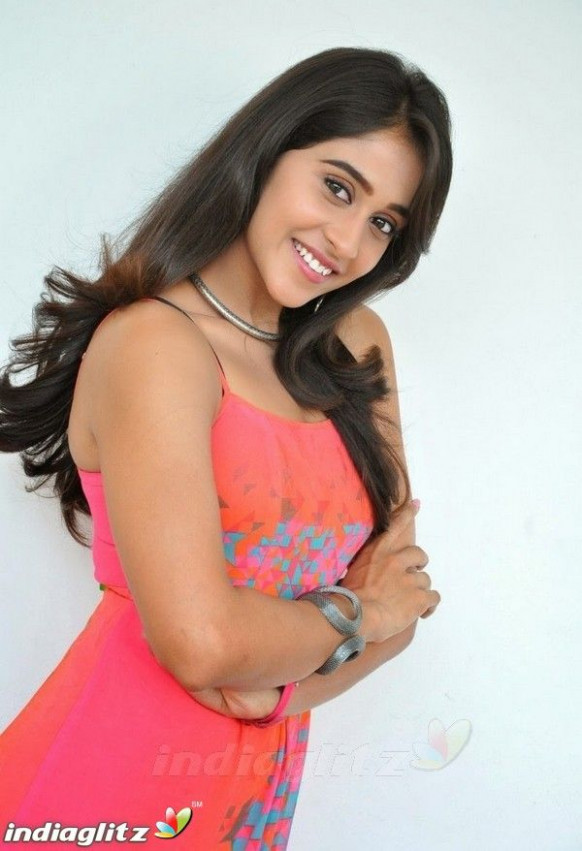 Actress #ReginaCassandra Latest Gallery Images Link ...