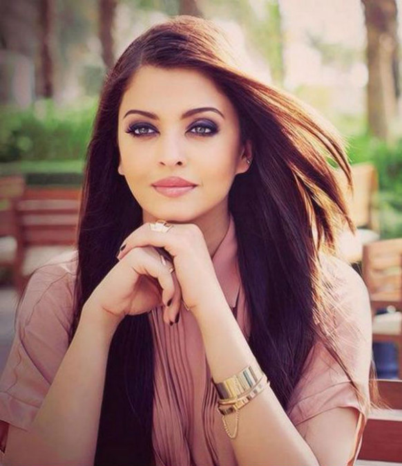 Aishwarya Rai Bachchan gives up her makeup man ...