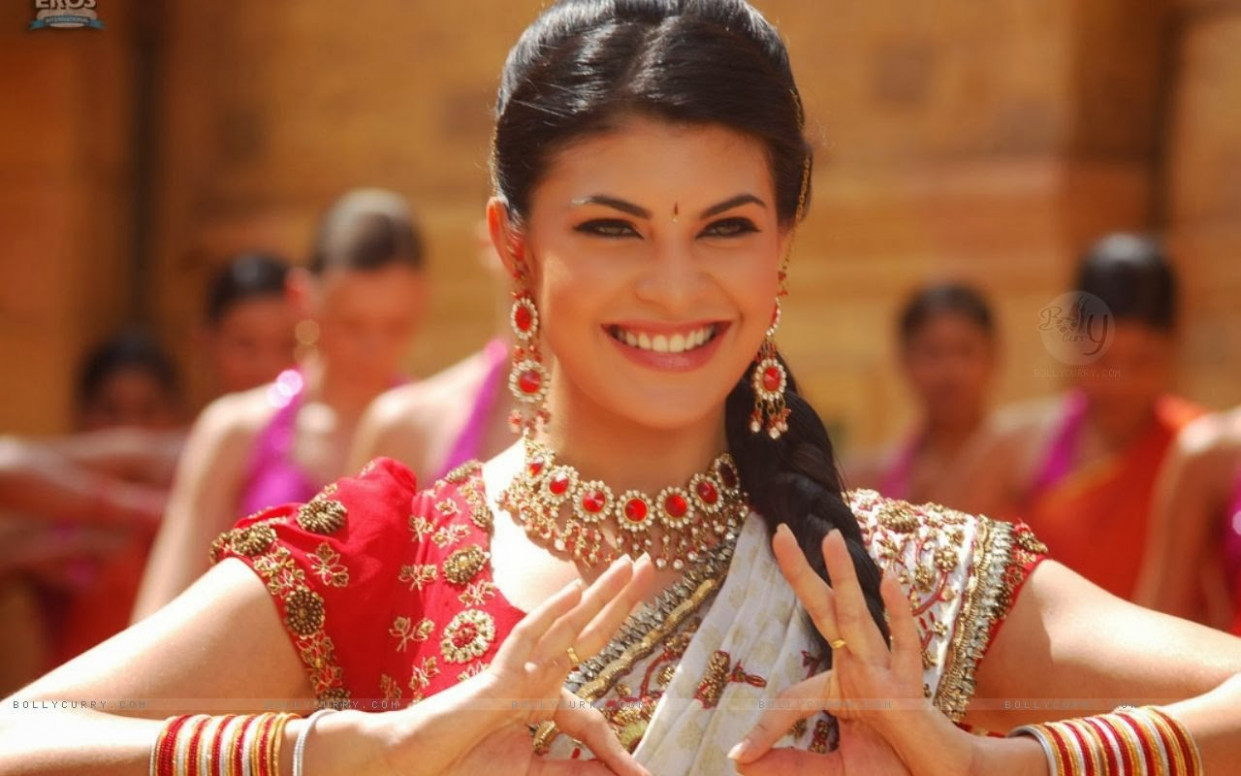 All new wallpaper : Jacqueline Fernandez Heroine Wallpapers