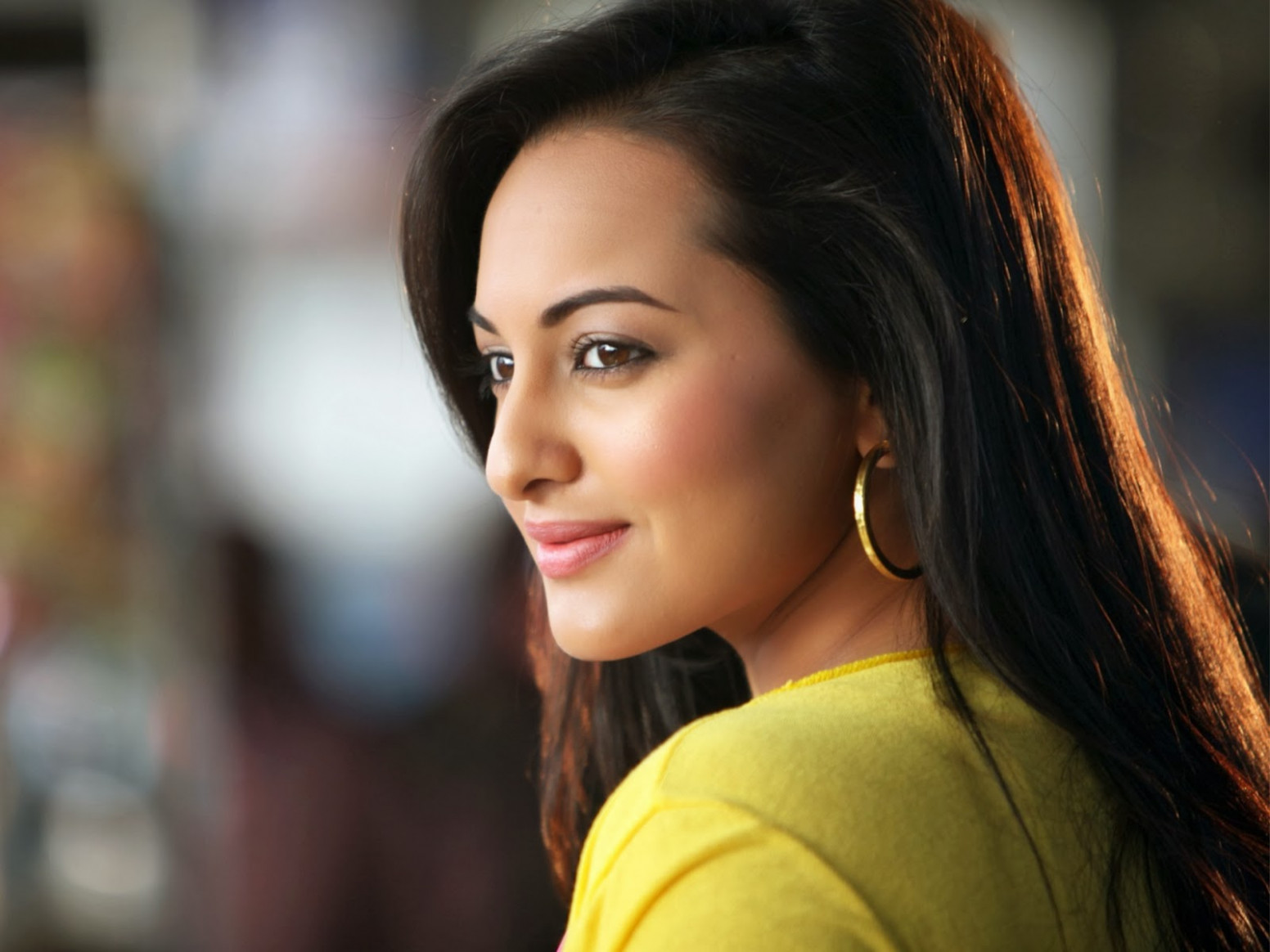 All new wallpaper : Sonakshi Sinha Bollywood actress ...