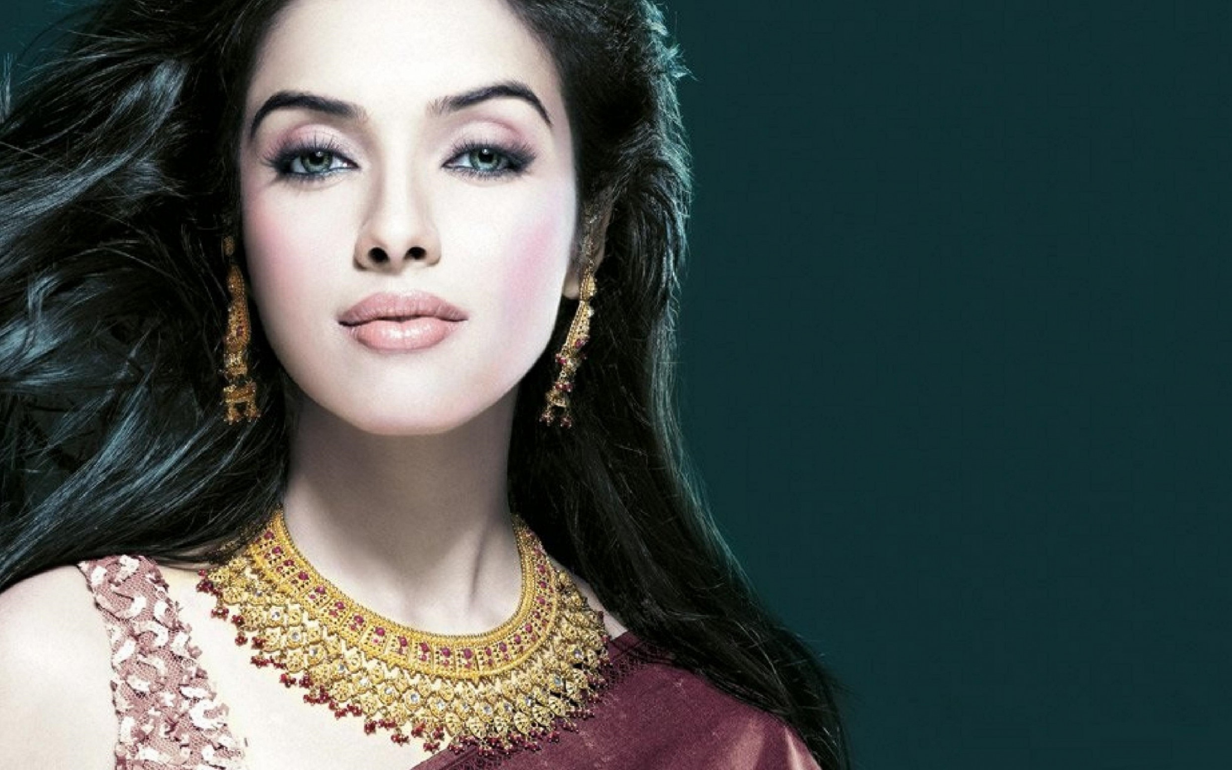 Asin Tollywood Actress Wallpaper | HD Wallpapers