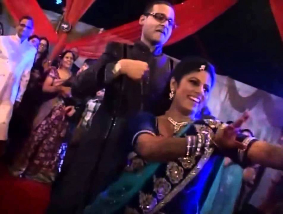 Awesome Indian Wedding Dance by Bride & Groom - YouTube
