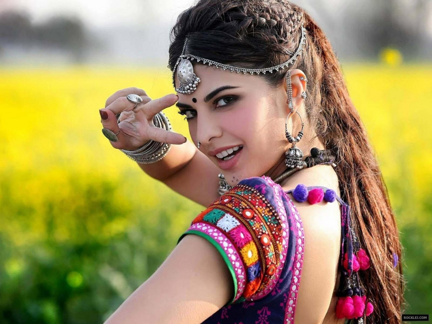 Beautiful Punjabi Girls Wallpapers and Pictures | One HD ...