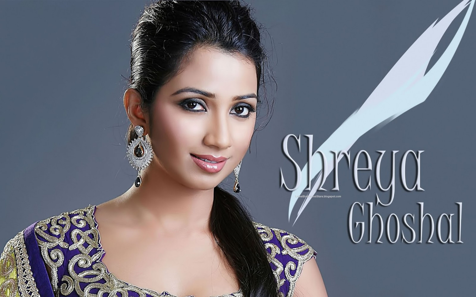 Beautiful Singer Shreya Ghoshal HD Photos & Wallpapers ...