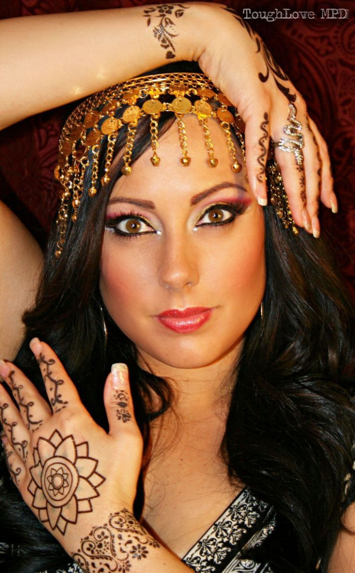 Best 25+ Gypsy makeup ideas on Pinterest | Fortune teller ...