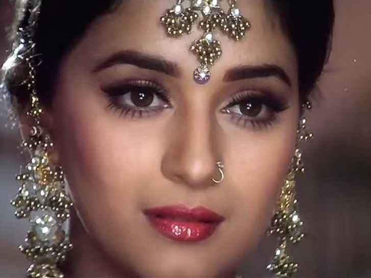 Best 25+ Hum aapke hain koun ideas on Pinterest | Madhuri ...