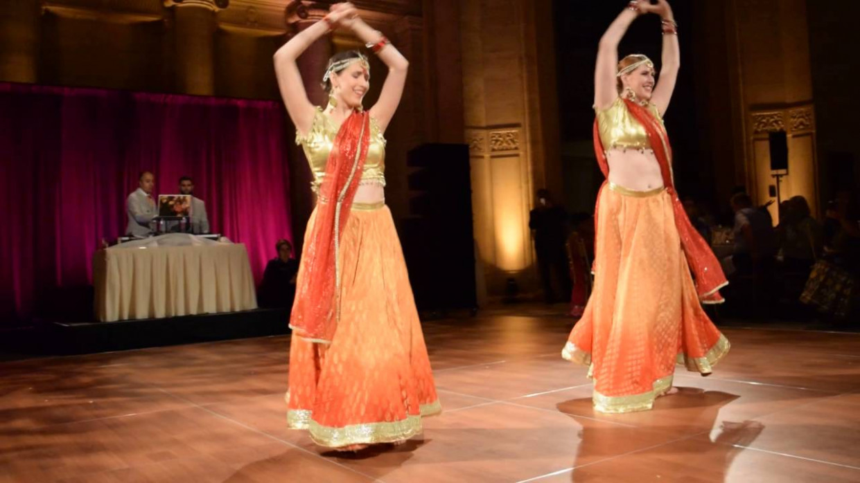 Best Bollywood Wedding Dance |June 11th Cipriani - YouTube