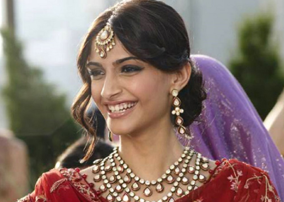 Best bridal outfits to steal from Bollywood- Bridal ...