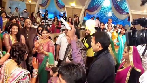 Best Wedding Dance 2016 - indian wedding dance - Guppu's ...