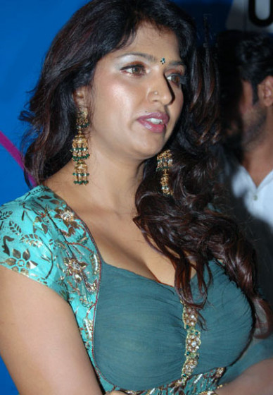 Bhuvaneswari | Bollywood, Tamil Actress