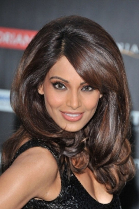 Bipasha Basu Makeup Breakdown | Hairstly.org
