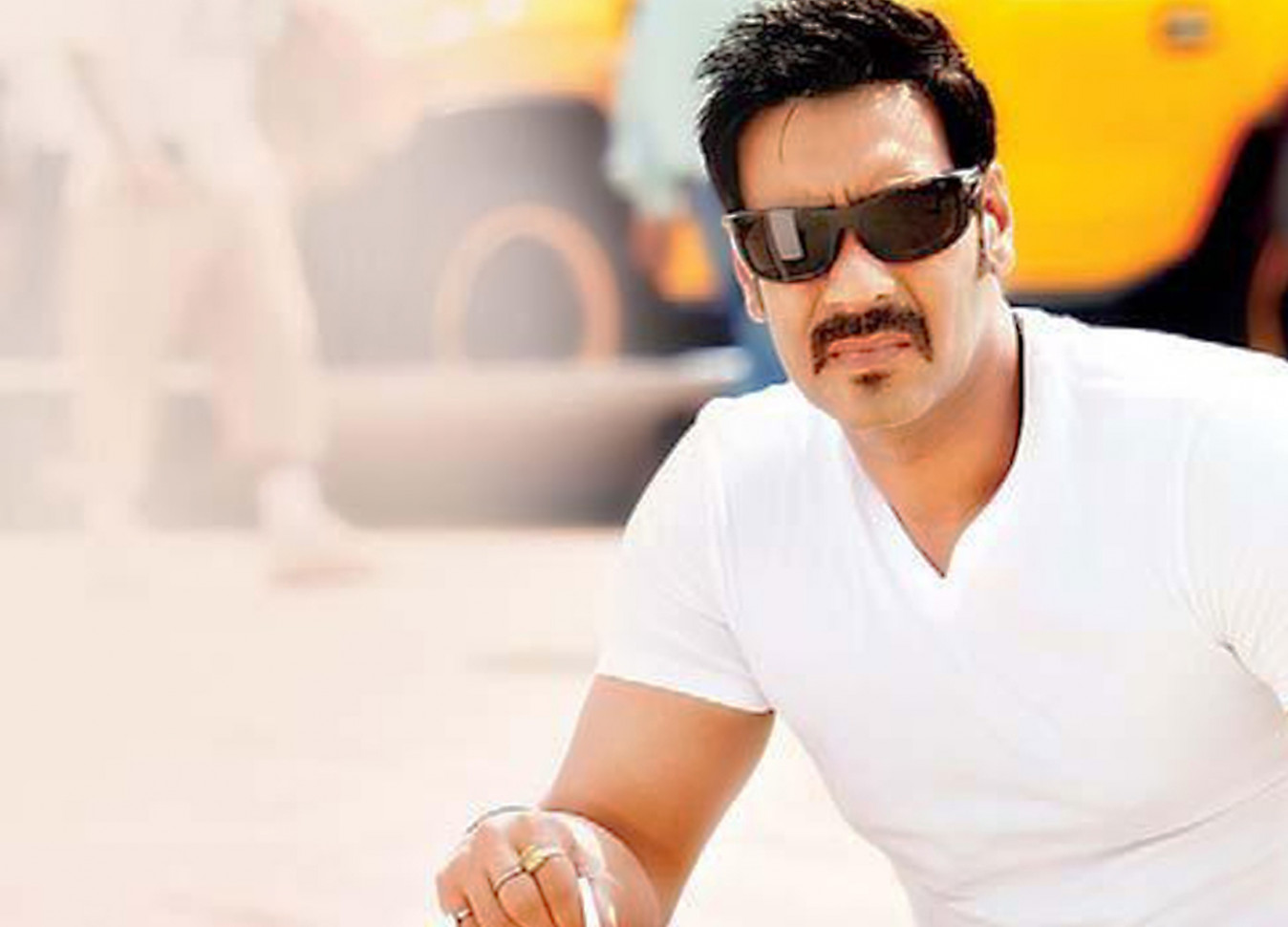 Bollywood Action Hero Ajay Devgan Wallpapers