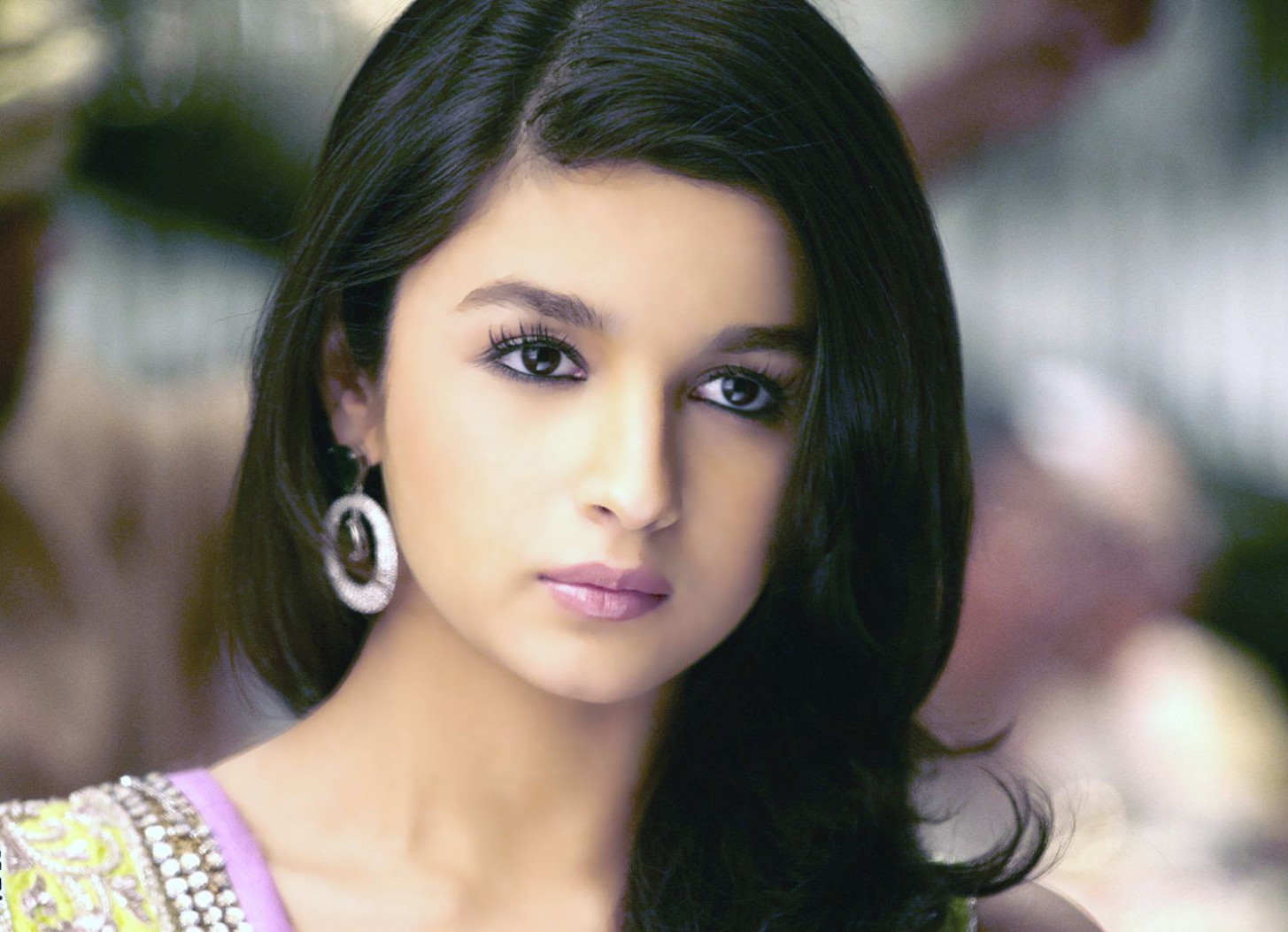 Bollywood Actress Alia Bhatt Hot Photos and HD Wallpapers ...