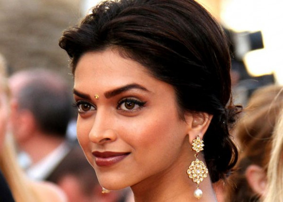 Bollywood Actress Beauty Secrets & Beauty Tips - un makeup bollywood actress