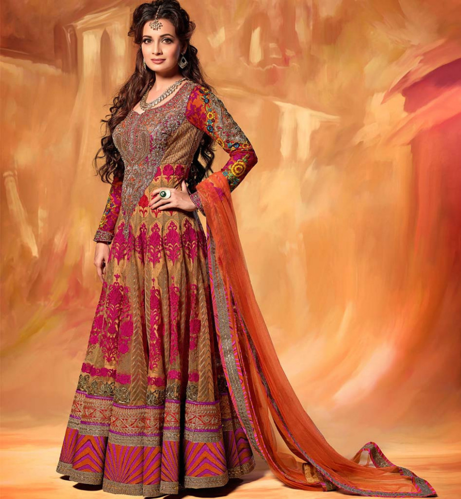 Bollywood Actress Bridal Lehenga - Diya Mirza - Cinemaz World
