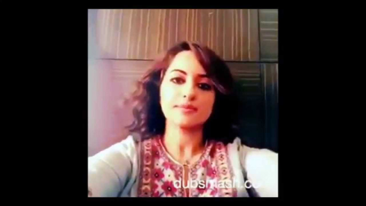 Bollywood actress funny videos - YouTube