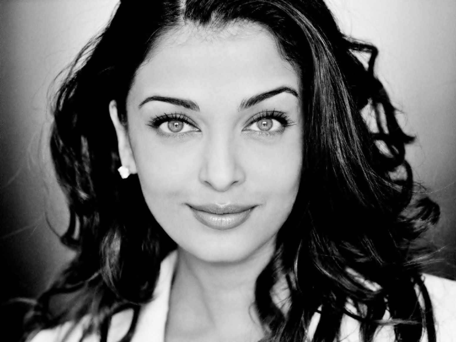 bollywood actress images Aishwarya Rai HD wallpaper and ...