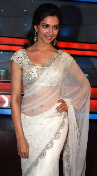 Bollywood Actress in Transparent Saree Photos