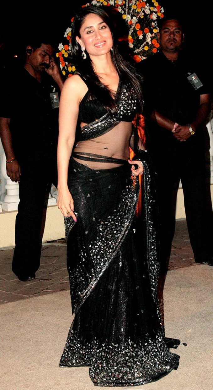 Bollywood Actress Kareena Kapoor Black Transparent Saree ...