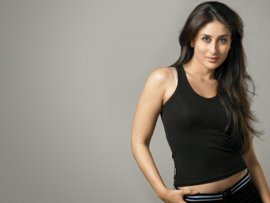 Bollywood Actress Karenna Kapoor Full HD Wallpaper Hot ...