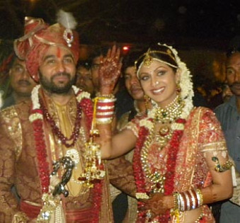 Bollywood actress marriage pics |shaadi