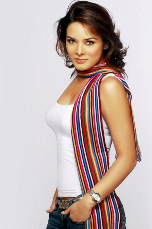 Bollywood actress wallpapers for iphone 3gs
