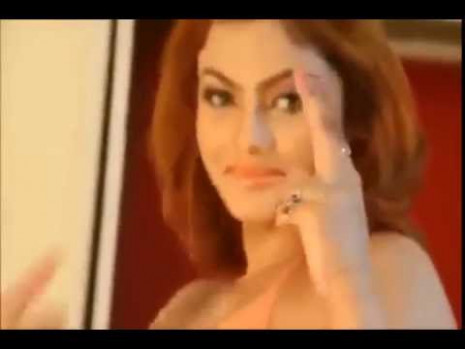 Bollywood Actresses Hot Full Body Make Up Video 2016 - YouTube