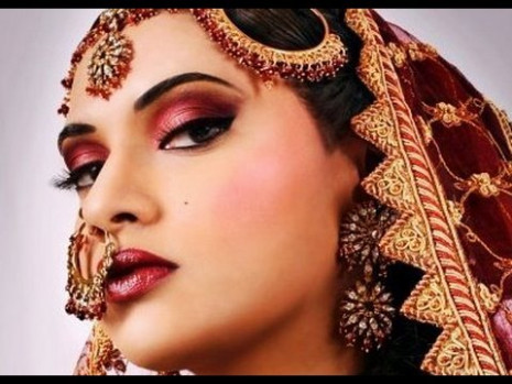 Bollywood Beauty: Indian Inspired Makeup Tutorial - YouTube