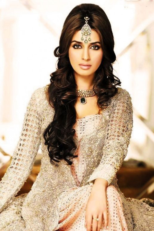 Bollywood Bride Hairstyles | Make Up n Hairstyle | Pinterest