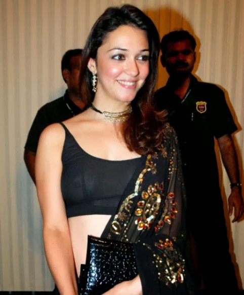 Bollywood Celebrities Most Embarrassing hot pis - TIMES OF ...