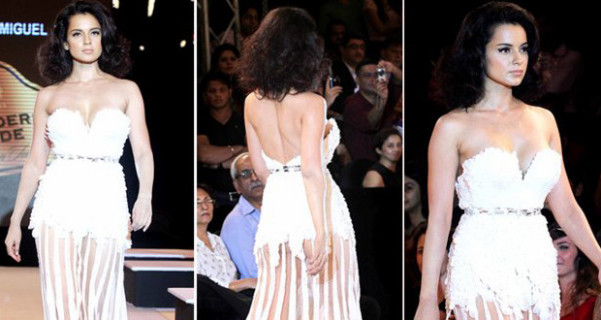 Bollywood celebrity wardrobe malfunction oops moment