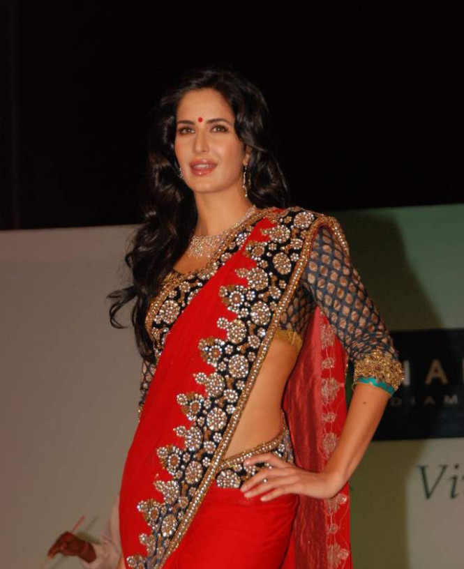 Bollywood Katrina Kaif in Red Saree | MEHNDI-DISIGNS